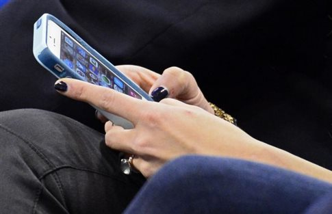 Perierga.gr - Η χρήση smartphone «χαρίζει επιδέξια δάχτυλα»