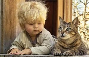 Παιδιά μιμούνται τα... ζώα!