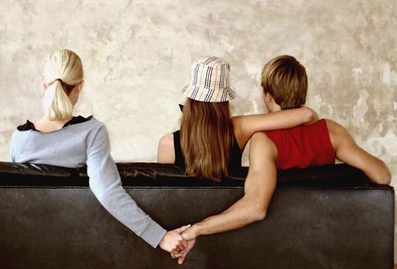 perierga.gr - Διαφορετικός ο φόβος της απιστίας για τα δύο φύλα
