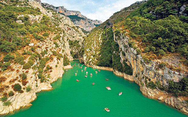 Perierga.gr - Βίκος και Σαμαριά στα καλύτερα φαράγγια της Ευρώπης