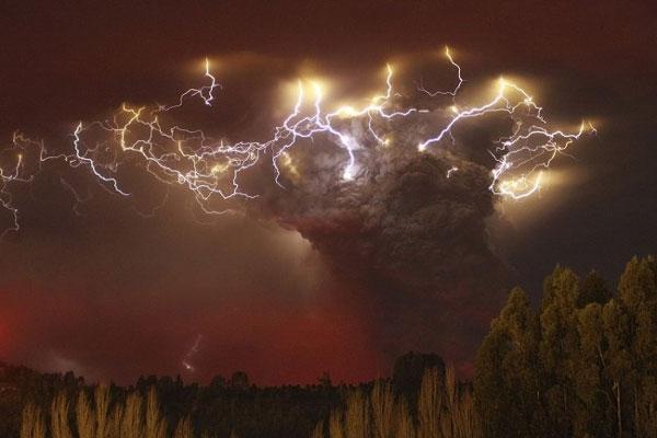 perierga.gr - Οι μεγαλύτερες εκρήξεις ηφαιστείων στον κόσμο!