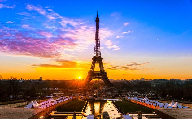 perierga.gr - Μια βόλτα στο Παρίσι!