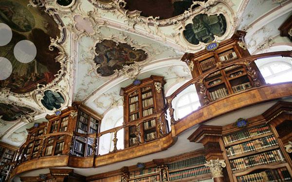 perierga.gr - Μια αριστουργηματική βιβλιοθήκη!