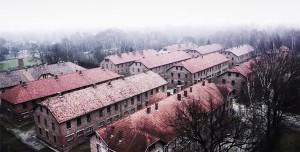 perierga.gr - Ένα drone πάνω από το Άουσβιτς!