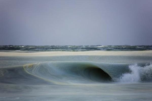 perierga.gr - Παράξενα... γρανιτένια κύματα!