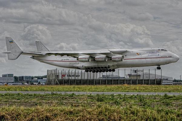 Perierga.gr - Τα πέντε μεγαλύτερα αεροσκάφη του κόσμου
