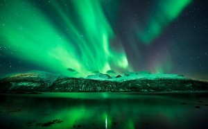 perierga.gr - To Βόρειο Σέλας χορεύει στον ουρανό της Σουηδίας!