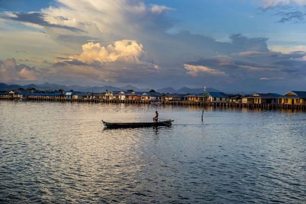 "perierga.gr - Bajau Laut: Οι τελευταίοι ""νομάδες"" της θάλασσας!"