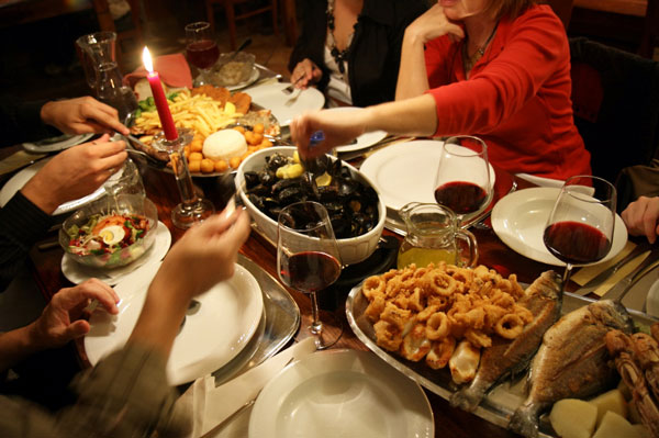 perierga.gr - Γιατί κάνουμε ανθυγιεινές επιλογές στο εστιατόριο;