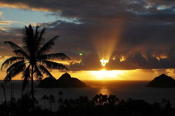 perierga.gr - Τα 10 ωραιότερα ηλιοβασιλέματα από το National Geographic!