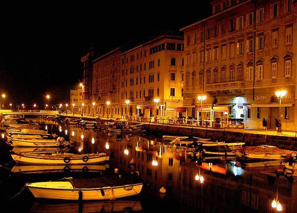 perierga.gr - Ιταλικές πόλεις με κανάλια εκτός της Βενετίας!