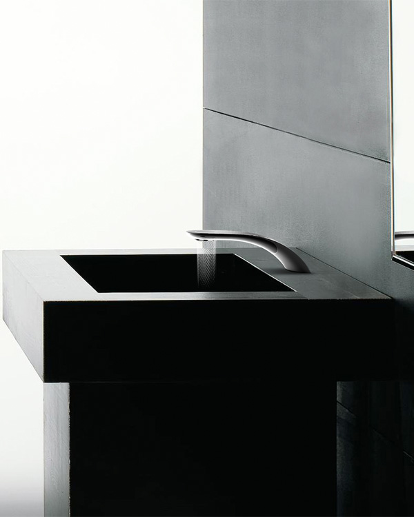 perierga.gr - Βρύση ρέει το νερό σε γεωμετρικά μοτίβα!