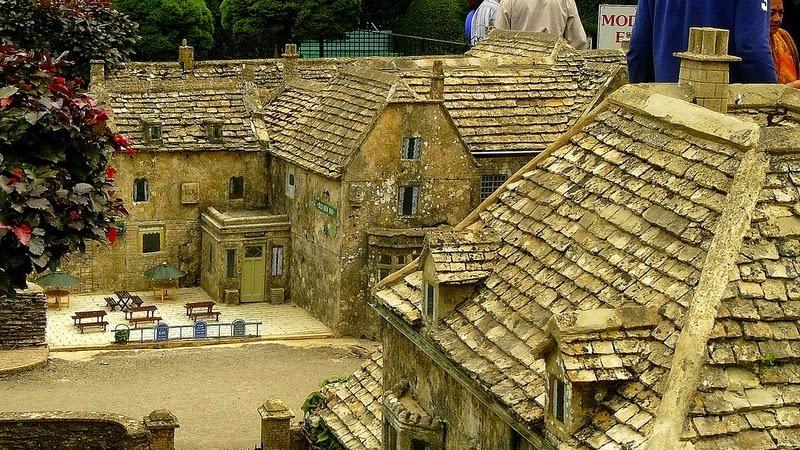 perierga.gr - Πανέμορφο αγγλικό χωριό σε... μικρογραφία!