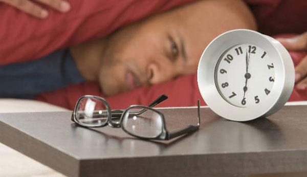 perierga.gr - Οι έξυπνοι άνθρωποι κοιμούνται… πιο αργά το βράδυ!