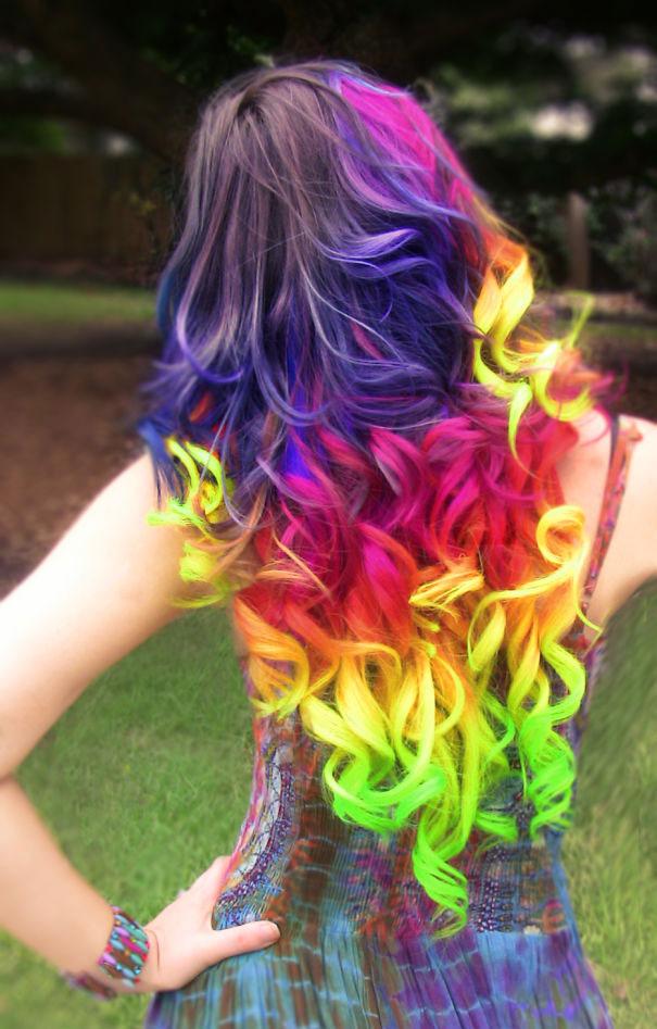 perierga.gr - Παστέλ ουράνιο τόξο στα μαλλιά!