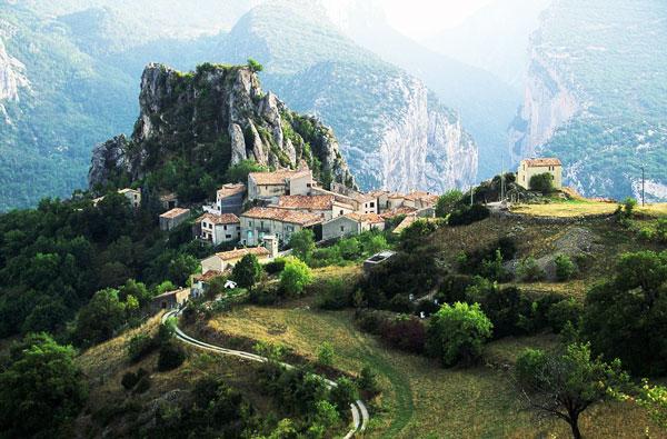 perierga.gr - Πανέμορφοι οικισμοί στα πιο απίθανα σημεία στον κόσμο!
