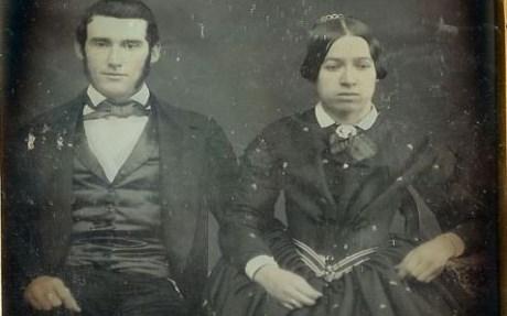perierga.gr - Γιατί δε χαμογελούσαν στις παλιές φωτογραφίες!