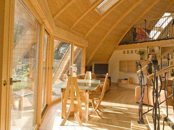 perierga.gr - Domespace: Εντυπωσιακό σπίτι σε σχήμα ιπτάμενου δίσκου!