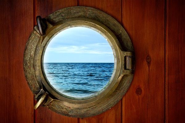 perierga.gr - Γιατί τα παράθυρα των πλοίων είναι στρόγγυλα;