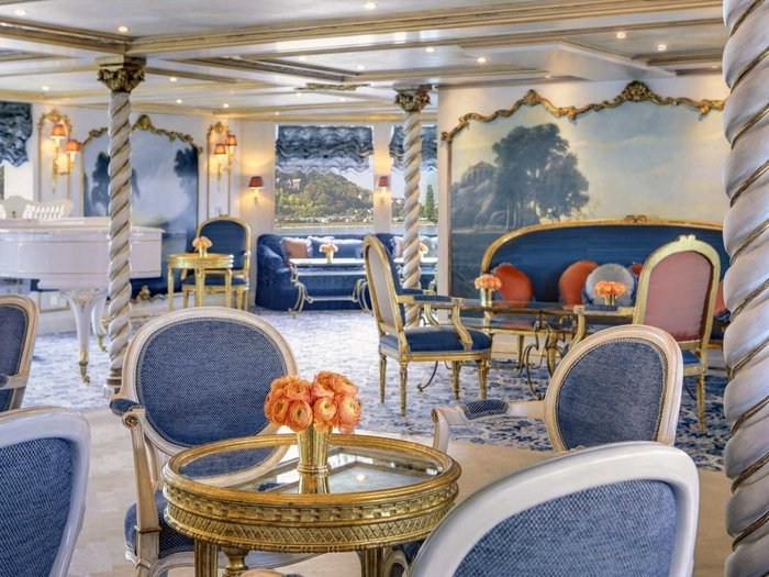 perierga.gr - Ποταμόπλοιο θυμίζει... μπαρόκ παλάτι!