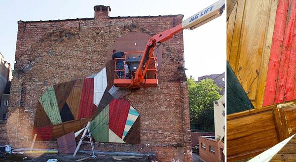perierga.gr - Γκράφιτι με παλιές πόρτες στους τοίχους!
