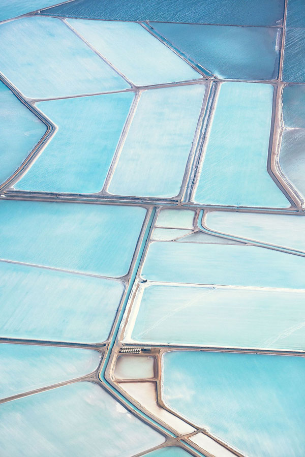 perierga.gr - Οι γαλάζιες αλυκές της Αυστραλίας από ψηλά!