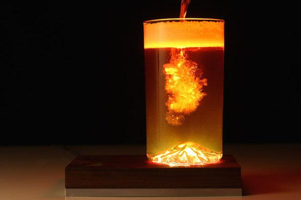 perierga.gr - Καθημερινά αντικείμενα γίνονται εντυπωσιακά φωτιστικά!
