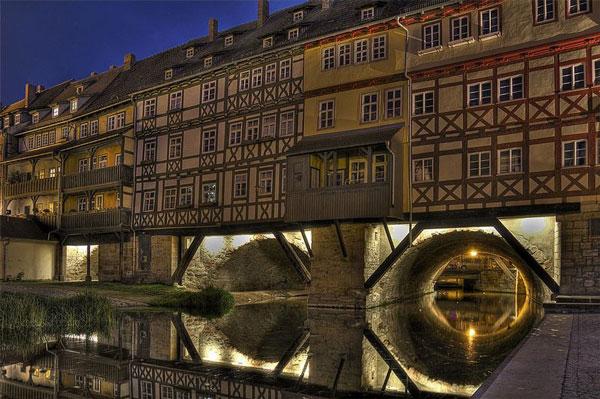 perierga.gr - Kramerbrucke: Η κατοικημένη γέφυρα της Erfut!