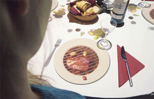 perierga.gr - Τρώγοντας με τα καρτούν στο πιάτο!
