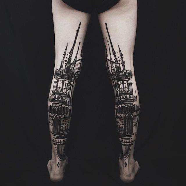 perierga.gr - Ασπρόμαυρα τατουάζ με τοπία στα πόδια!