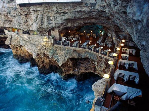 perierga.gr - 10 εστιατόρια στον κόσμο με πανέμορφη θέα!