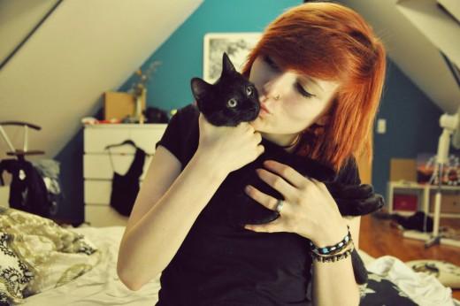 perierga.gr - 25 τρόποι που η γάτα σού δείχνει την αγάπη της!