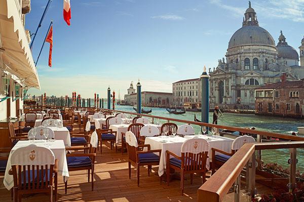perierga.gr - 12 εντυπωσιακά εστιατόρια δίπλα στο νερό