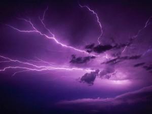 perierga.gr - Ηλεκτρική καταιγίδα στον ουρανό της Σάμου!