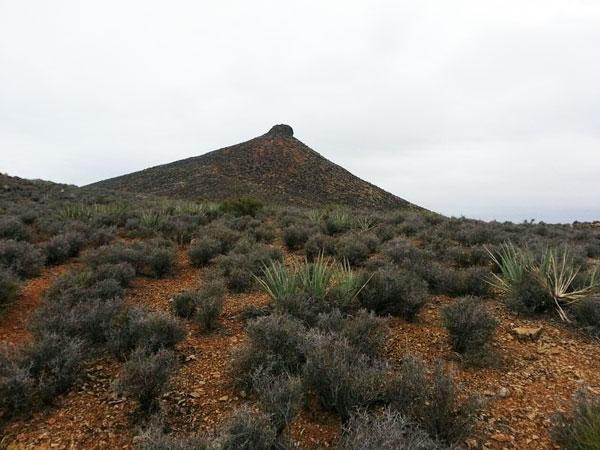 "perierga.gr - ""Η θηλή της Μόλι"": Ένα περίεργο βουνό!"