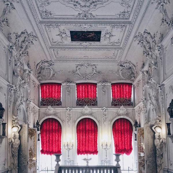 perierga.gr - Στο εσωτερικό εντυπωσιακών αρχιτεκτονικών δομών στην Αγία Πετρούπολη