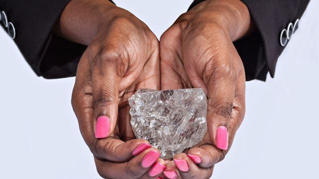perierga.gr - Το δεύτερο μεγαλύτερο διαμάντι του κόσμου βρέθηκε στη Μποτσουάνα