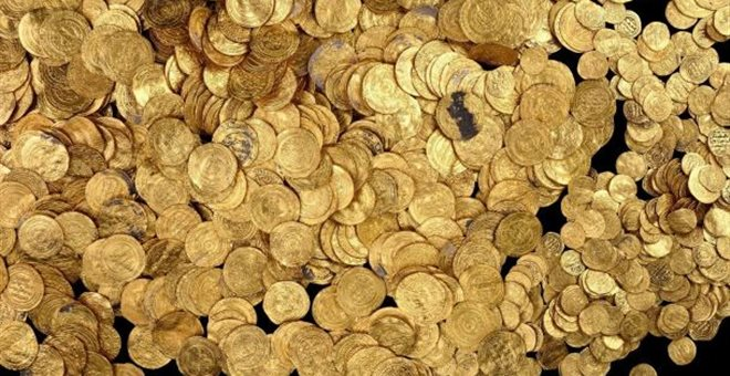 perierga.gr - 4.000 ρωμαϊκά νομίσματα σε... φωλιά τυφλοπόντικα!