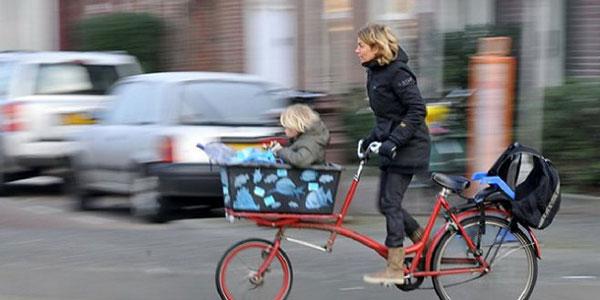 perierga.gr - Πόλη πληρώνει τους κατοίκους για να κυκλοφορούν με ποδήλατο!