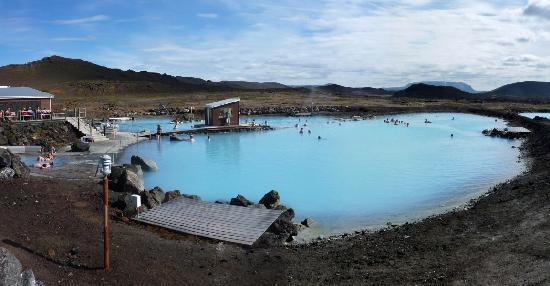 perierga.gr - Xειμερινές βουτιές σε... θερμά νερά!