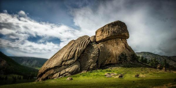 perierga.gr - Βράχοι σε παράξενα σχήματα!