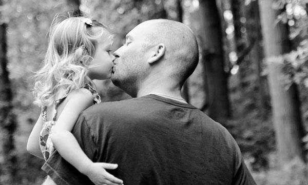 perierga.gr - Φωτογραφίες μπαμπάδων με τις κόρες τους γεμάτες τρυφερότητα!