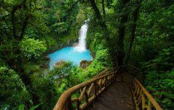 perierga.gr - Εκπληκτικής ομορφιάς μπλε ποταμός!