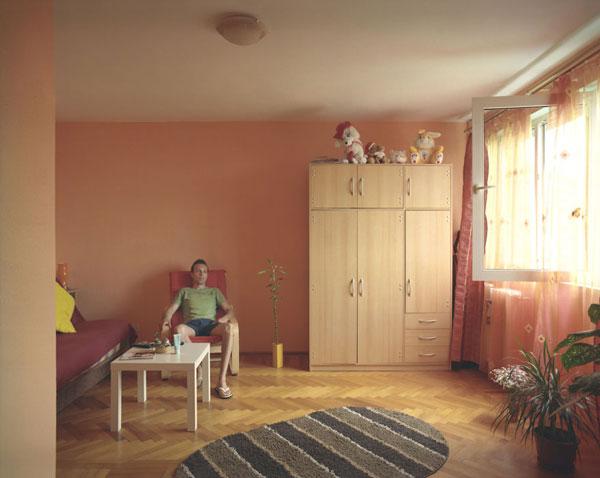 perierga.gr - 10 ίδια διαμερίσματα, 10 διαφορετικές ζωές!