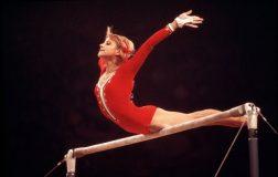 perierga.gr - Ρωσίδα αθλήτρια της γυμναστικής εκτέλεσε απαγορευμένη άσκηση!