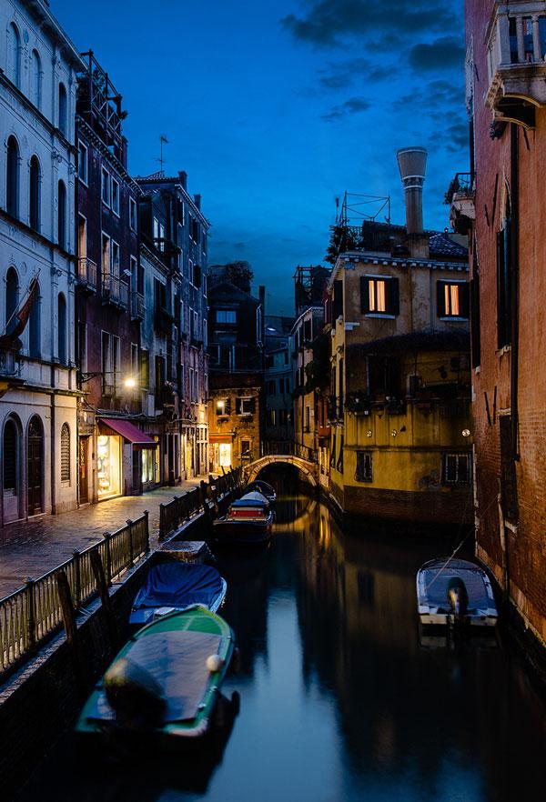 perierga.gr - Η πανέμορφη Βενετία τη νύχτα!