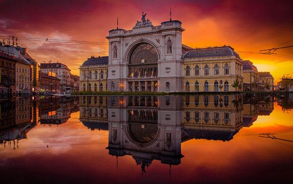 perierga.gr - Ανατολή & δύση του ήλιου στη Βουδαπέστη!