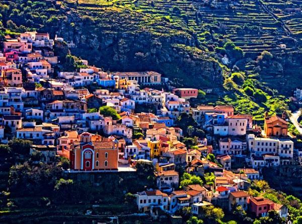 "perierga.gr - H Telegraph βάζει 5 ελληνικά νησιά στα 18 ""μυστικά διαμάντια"" της Ευρώπης!"