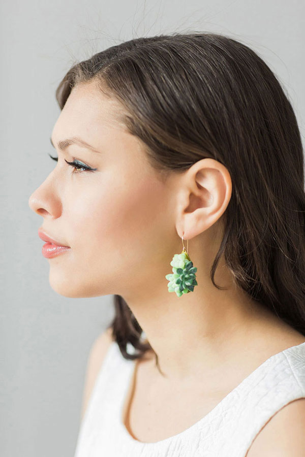 "perierga.gr - ""Zωντανά"" κοσμήματα μεγαλώνουν όσο τα φοράς!"
