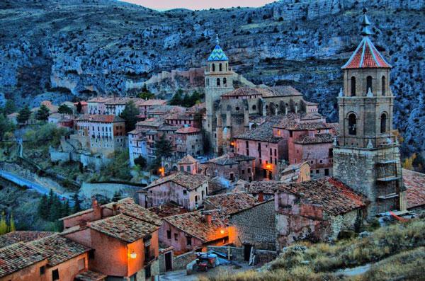 perierga.gr - 10 καρτποσταλικά χωριά του κόσμου!